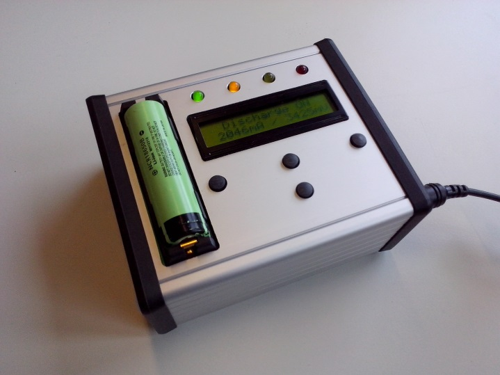 Picture: Li-ion battery tester