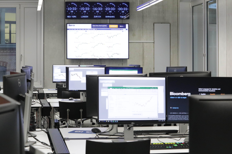 Finance Lab Vom Labor Zum Finanzplatz ZHAW School Of